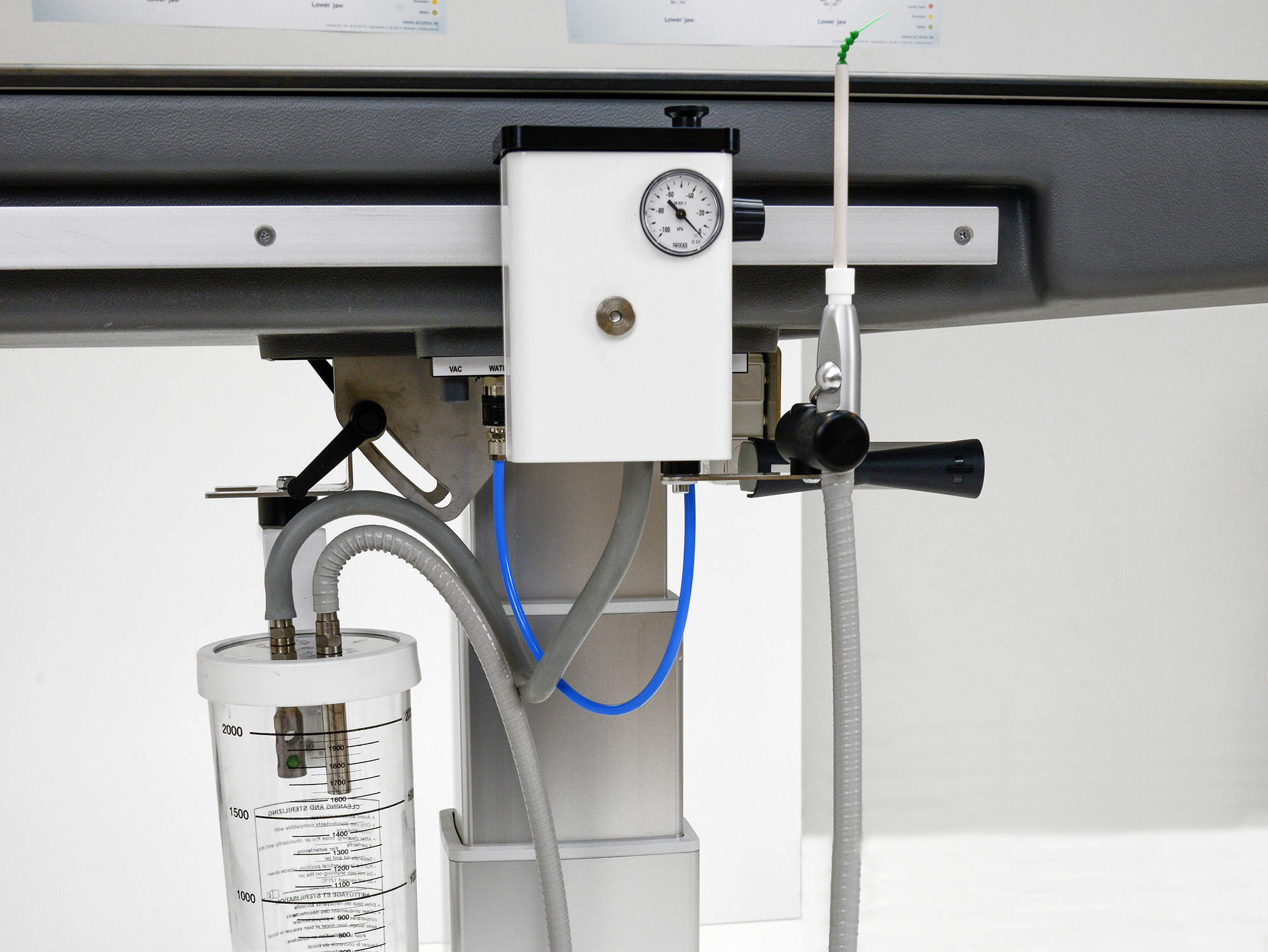 INTEGRATED SUCTION SYSTEM